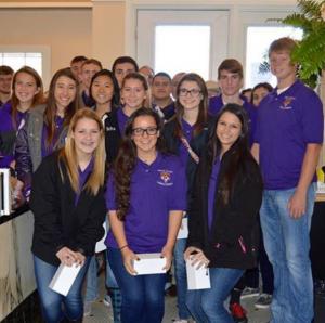 Mt. Vernon High School Leaders